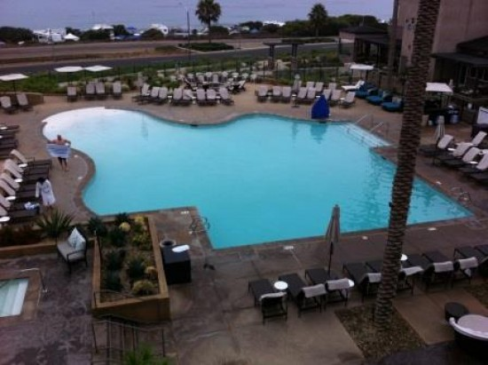 carlsbad hilton pool morning