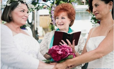 """Mindy Cohn and Tamlyn Tomita wed in """"Operation Marriage."""""""